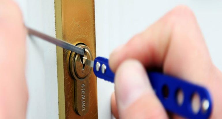 Locksmith In Chelmsford Lockout 24 7 Locksmiths